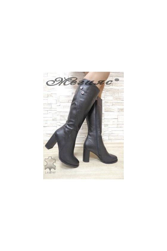 516 Women boots black leather