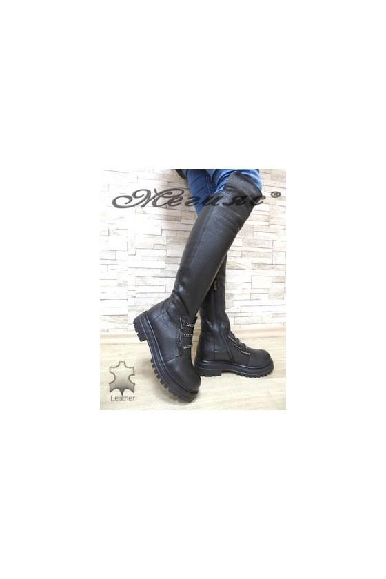 264-18 Дамски ботуши черни от естествена кожа