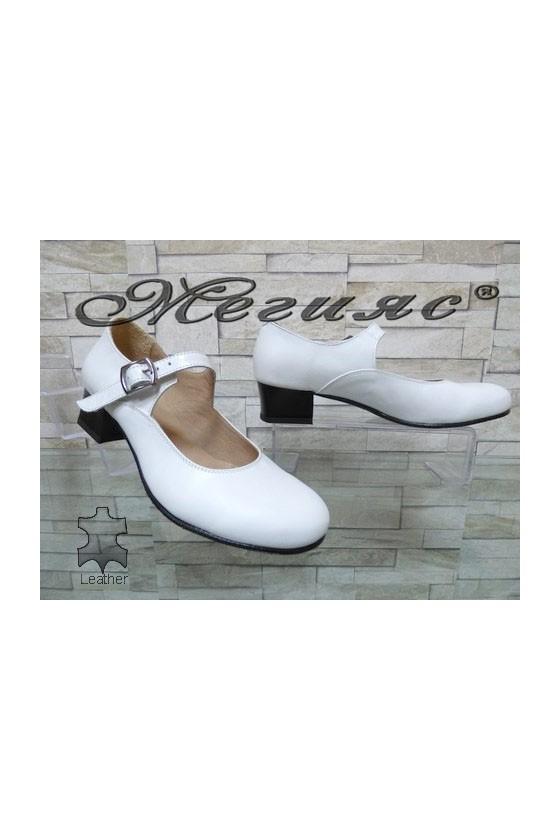 51676-1 Дамски обувки скарпини бели от естествена кожа