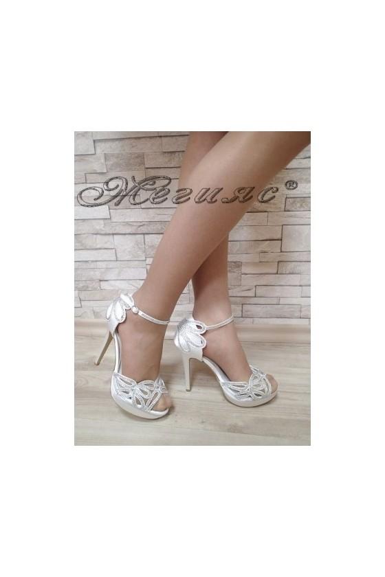Дамски сандали бели  елегантни на висок ток и платформа 18s20-69/S1720-69