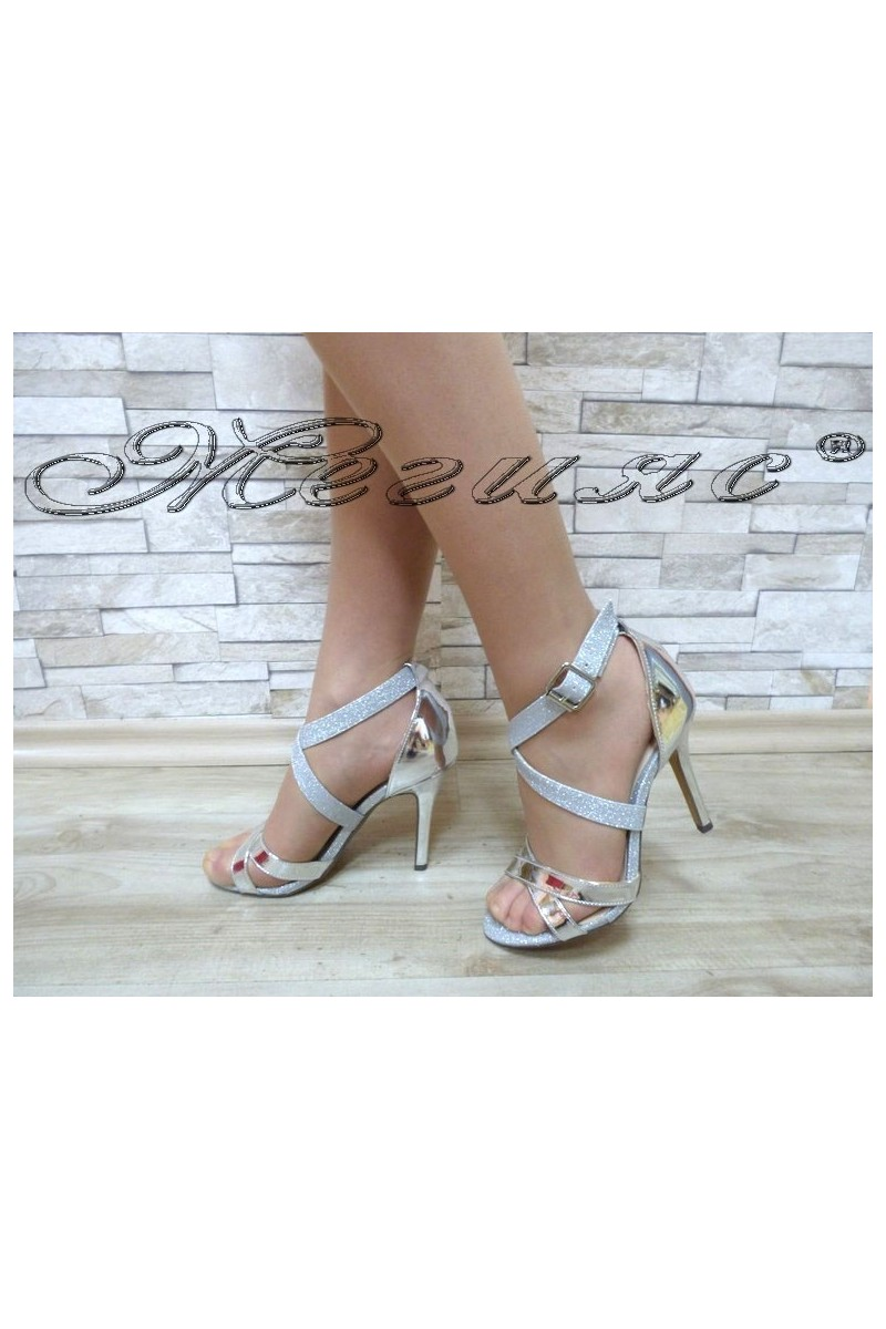 Lady sandals Jeniffer 18s20-120 silver
