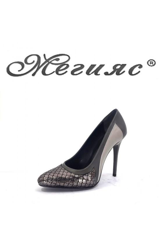 162-0-947 Дамски елегантни обувки сиви на висок ток