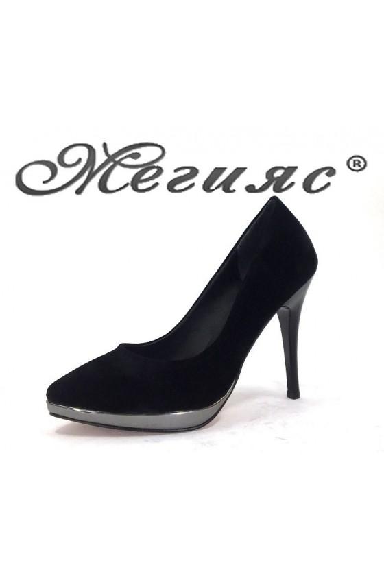 0519 Дамски обувки черен велур елегантни на ток