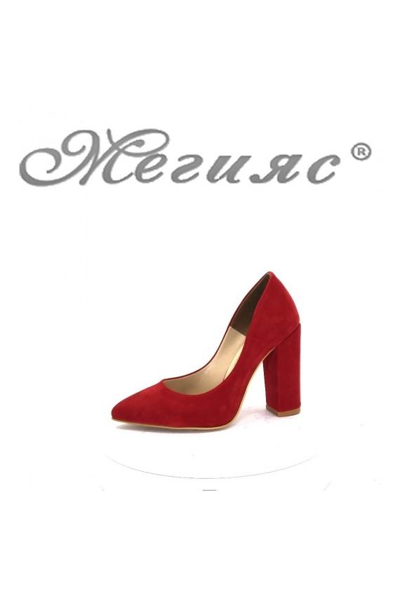 00542 Дамски обувки от червен велур -изчистени елегантни на висок ток