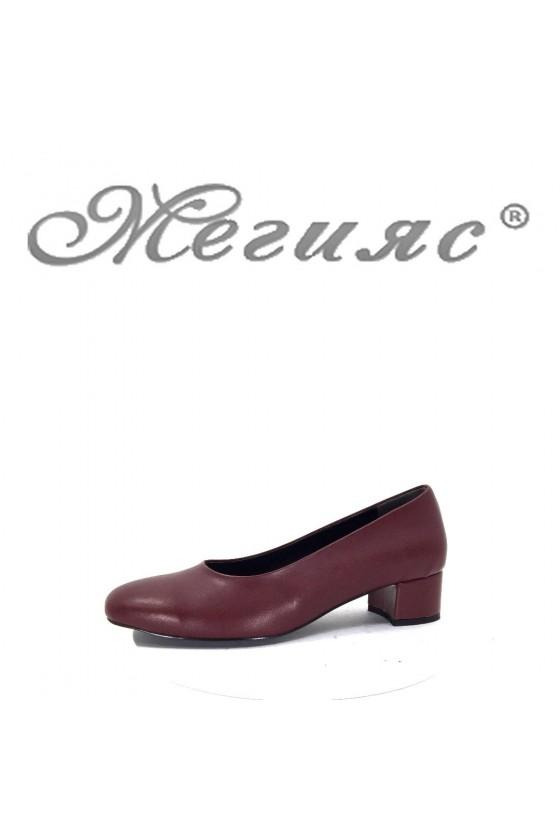 501 XXL Дамски обувки цвят бордо от еко кожа с широк ток