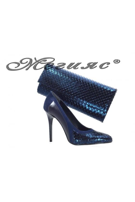 160-0-944 Комплект дамски обувки синьо кроко с чанта 373