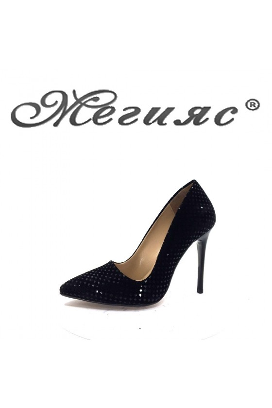 Дамски обувки 050 черни релеф от еко  набук елегантни с висок ток