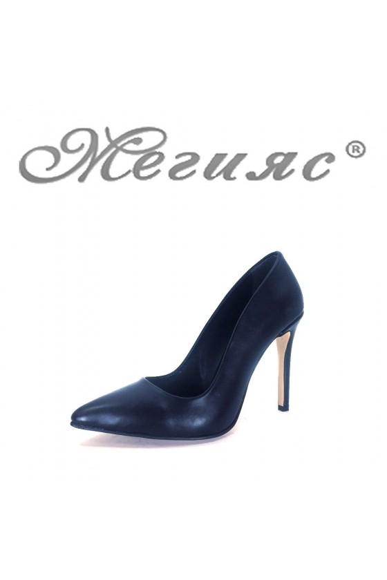 5870 Дамски елегантни обувки черни мат на висок ток