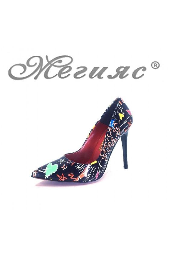 423-6 Дамски обувки шарени  елегантни остри на висок ток