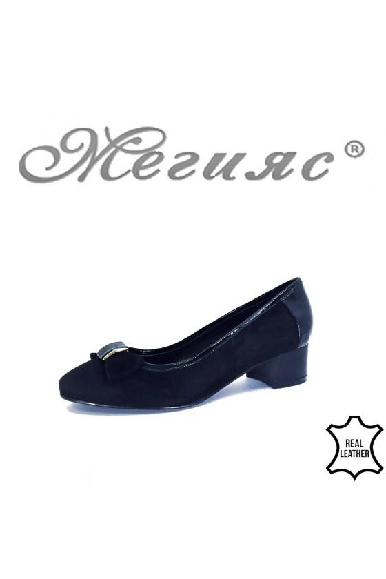 32-6-5-20 XXL Дамски обувки черни от естествен велур на среден ток