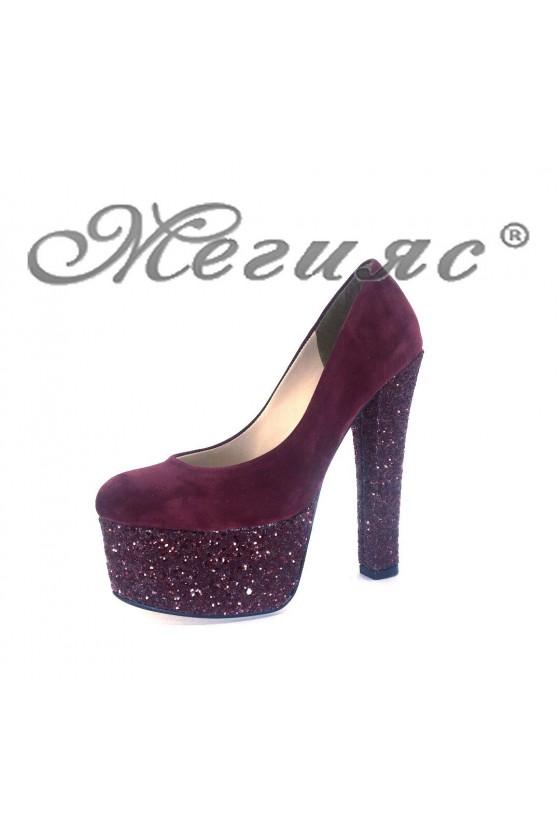 00884 Дамски елегантни обувки бордо от велур