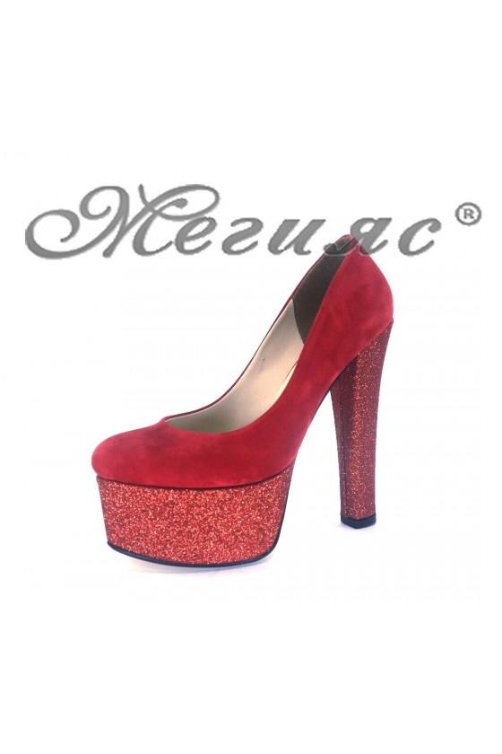 00884 Дамски елегантни обувки червени от велур