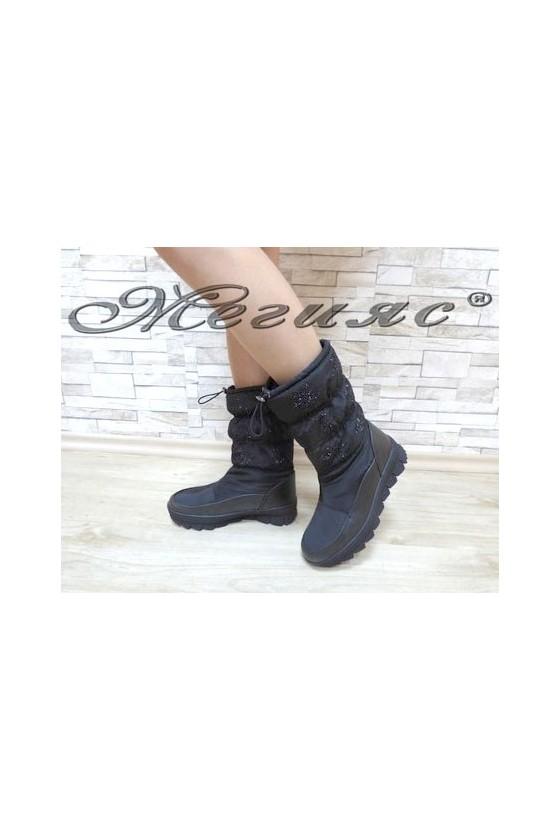 19-1304 Women boots black