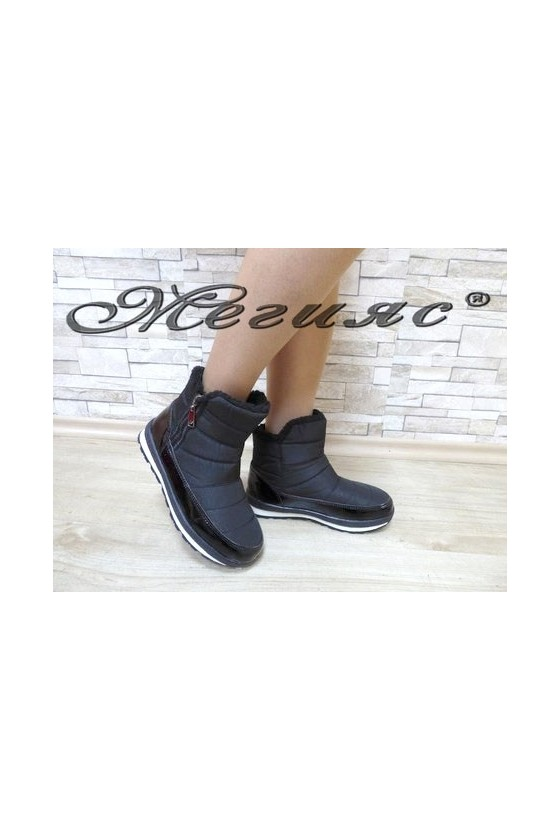 19-1314 Lady warm boots black patent/textiles