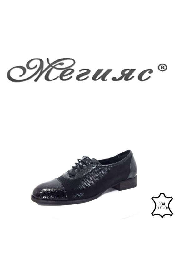 310-72-70 Lady shoes black leather
