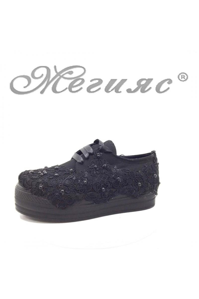 312 Дамски обувки на платформа черни