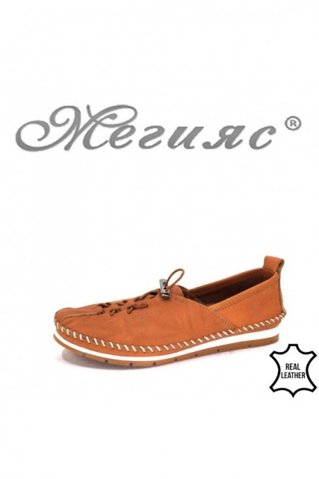 51 Women shoes brown leather