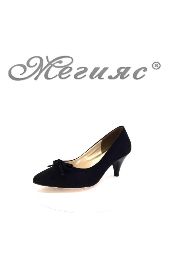 91735 Дамски обувки черни от велур на среден ток