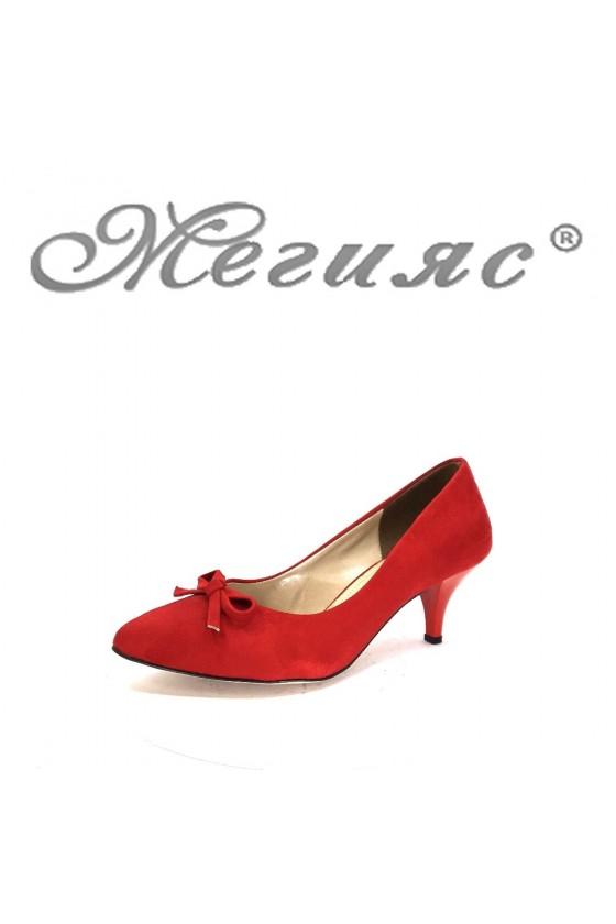 91735 Дамски обувки червени от велур на среден ток