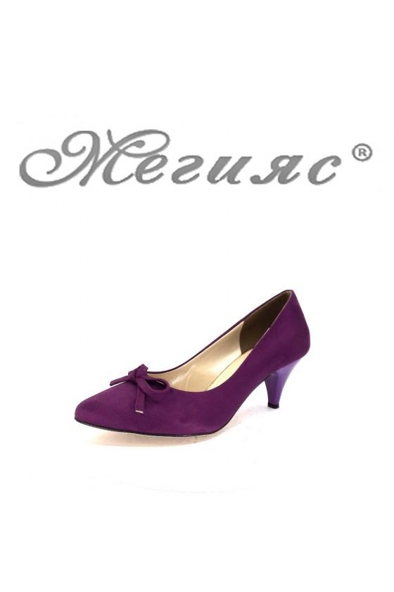 91735 Дамски обувки лилави от велур на среден ток