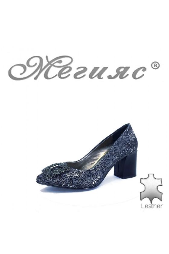873 Дамски елегантни обувки цвят графит на широк ток