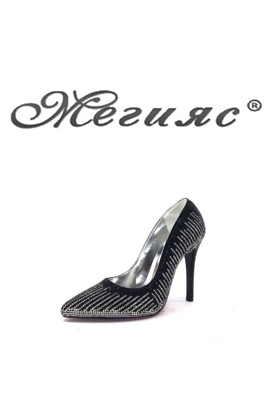 1519  Дамски елегантни обувки черни на висок ток
