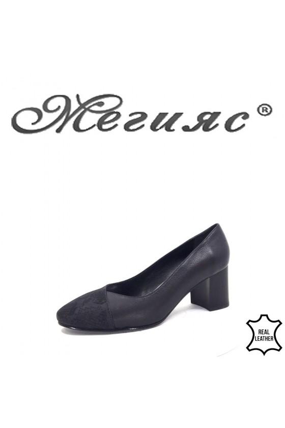 123-70-1 Дамски обувки черни от естествена кожа