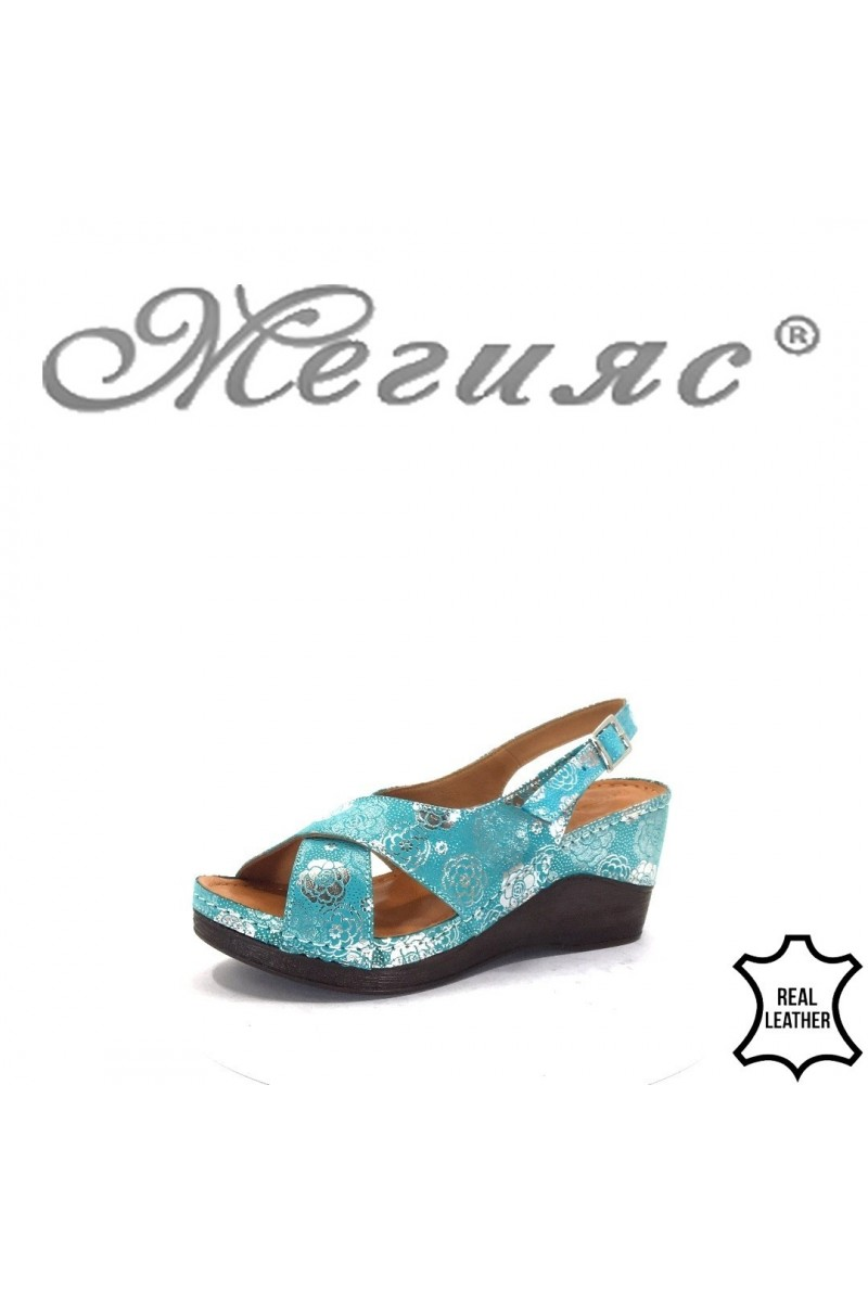 04/8 Lady sandals green leather
