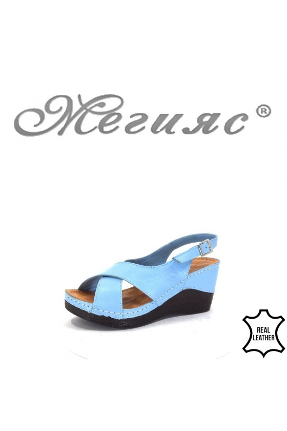 04/55 Lady sandals Lt.blue leather
