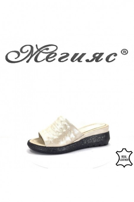 74-26 Lady sandals beige leather