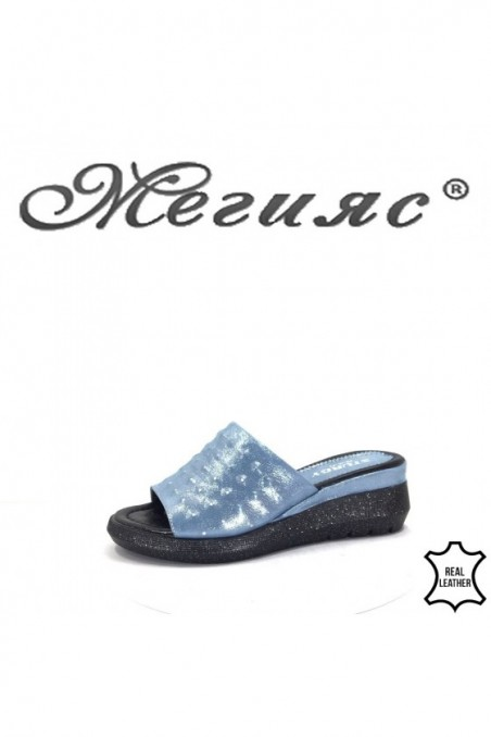 74-26 Lady sandals blue leather