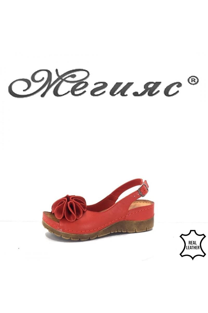 13/303 Дамски сандали червени от естествена кожа на платформа