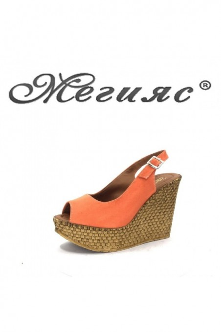 205 Lady platform sandals coral sued