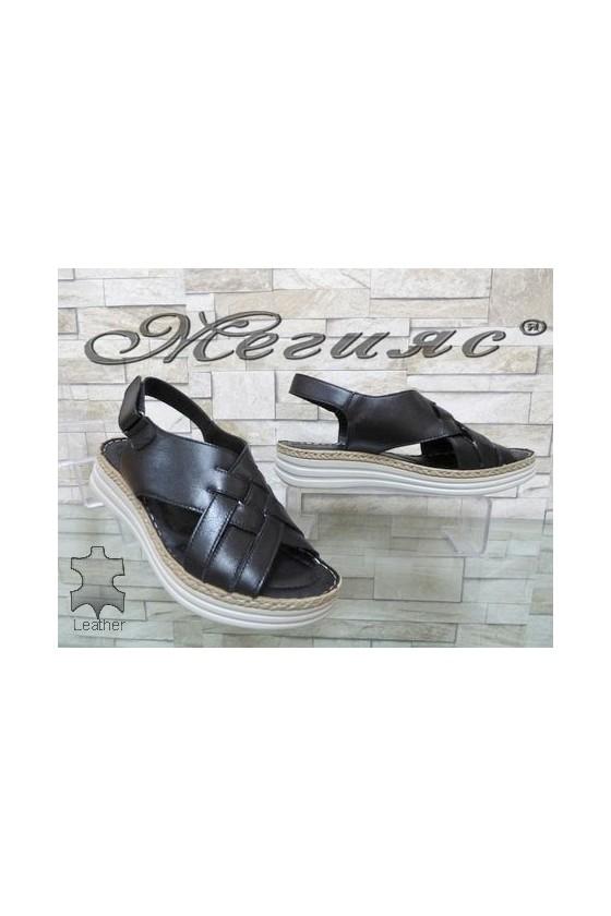 8607 Дамски сандали черни от естествена кожа