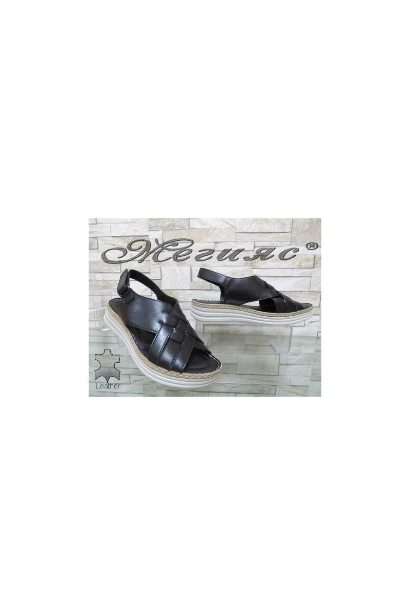 8610 Дамски сандали от естествена кожа