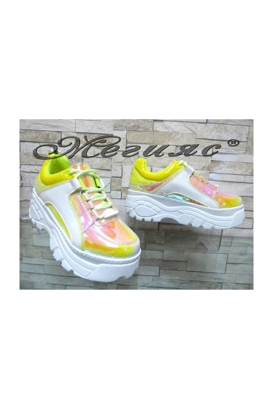 15279 Lady sport shoes yellow patent
