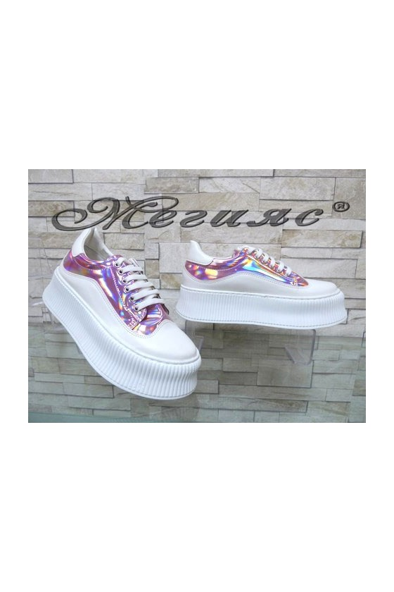 9-К Дамски спортни обувки бели с лилаво от еко кожа