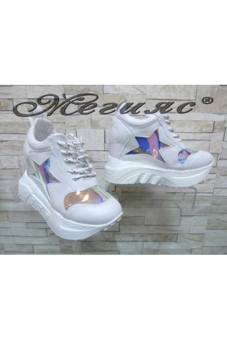 005-Х Дамски обувки бели от еко кожа