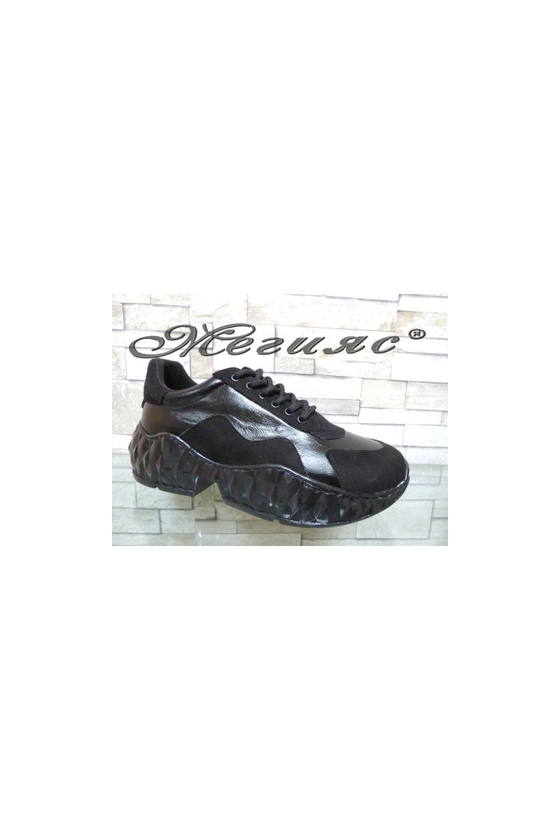 14-К Дамски спортни обувки от еко кожа