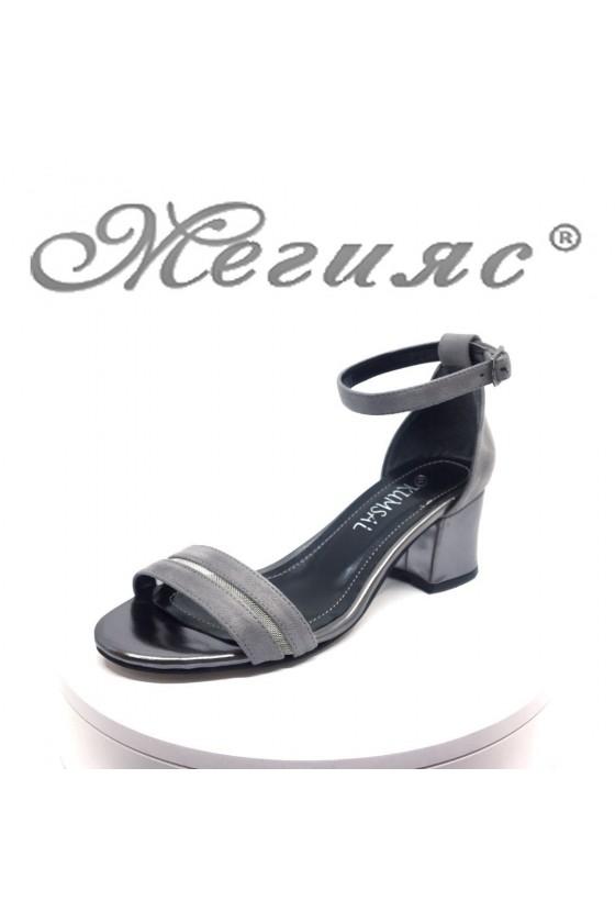 Дамски сандали 104 сиви велур на среден ток елегантни