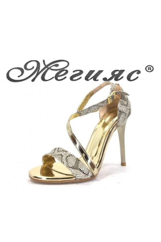 1857 Дамски сандали златни със змийска шарка елегантни на висок ток