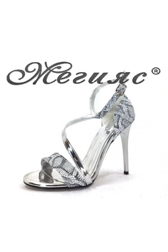 1857 Дамски сандали сребърни със змийска шарка елегантни на висок ток