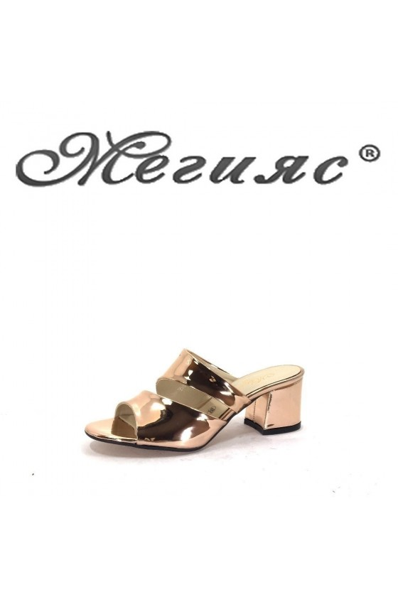 0759  Дамски чехли злато елегантни на широк ток