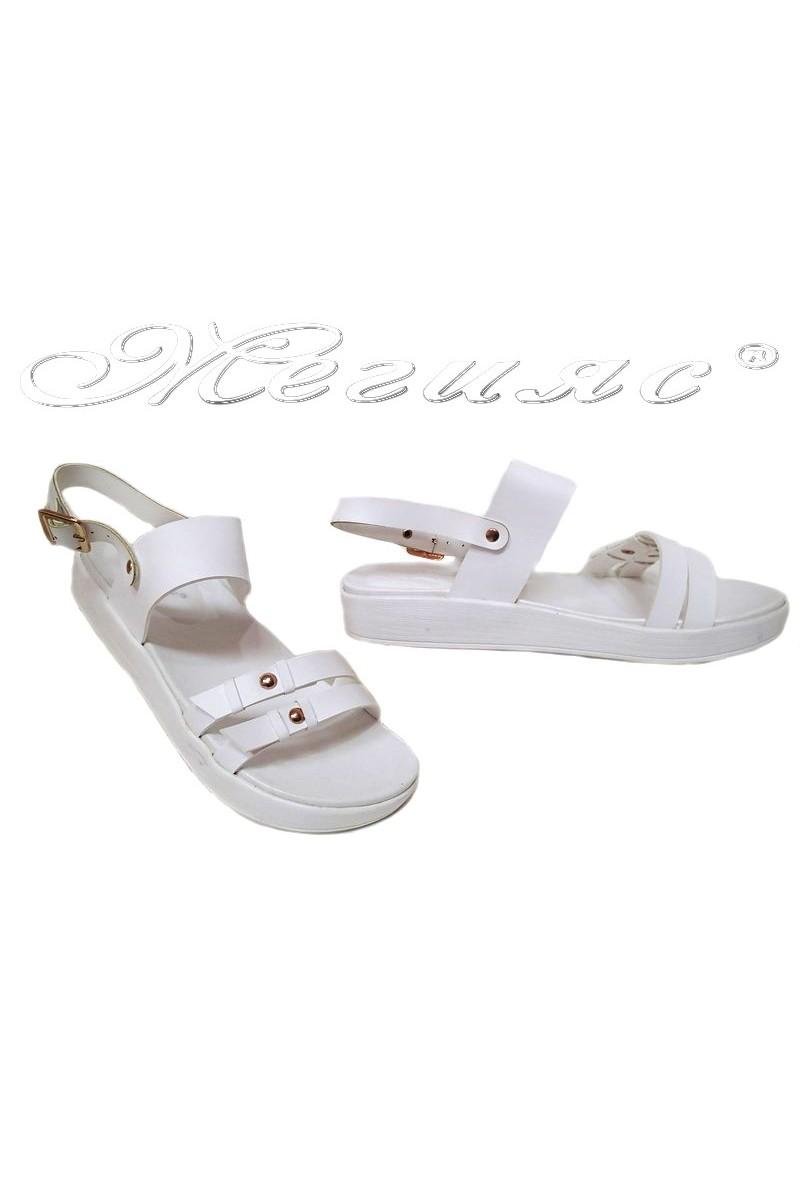 Дамски сандали LINDA 155425 бели еко кожа ежедневни