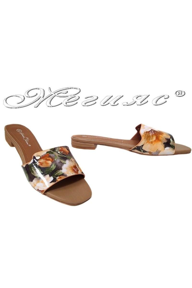 Дамски чехли TINA 15-227 бежови+цветя еко кожа ежедневни нисък ток
