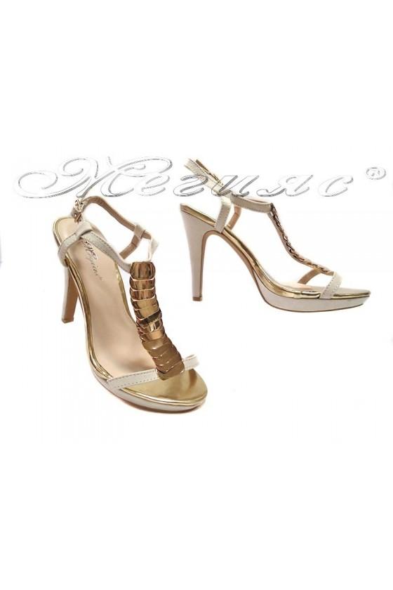 Дамски сандали Leo 114-475 бежови