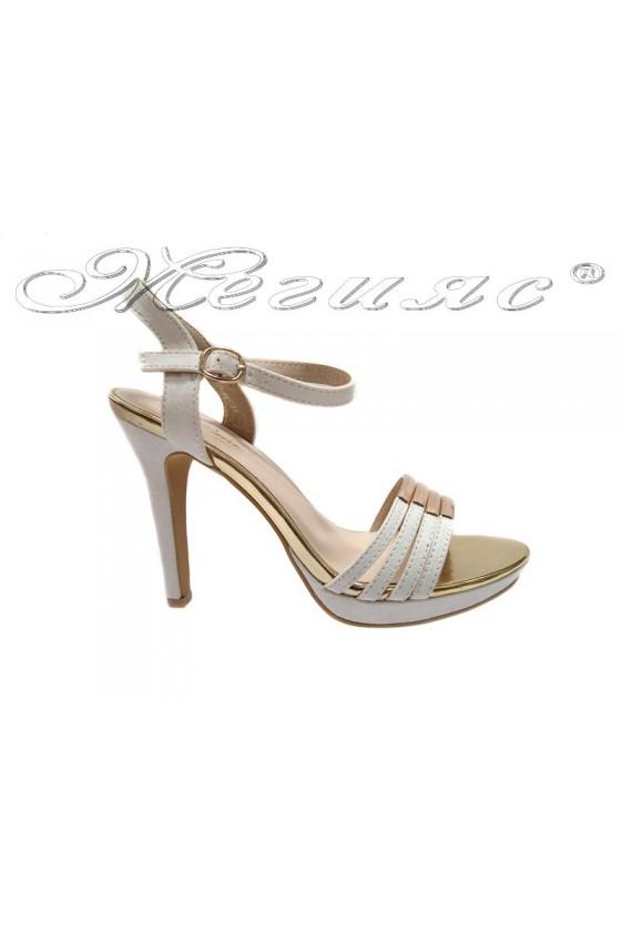 Дамски сандали Leo 114-487 бели
