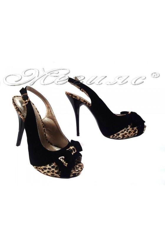 Sandals 114 415