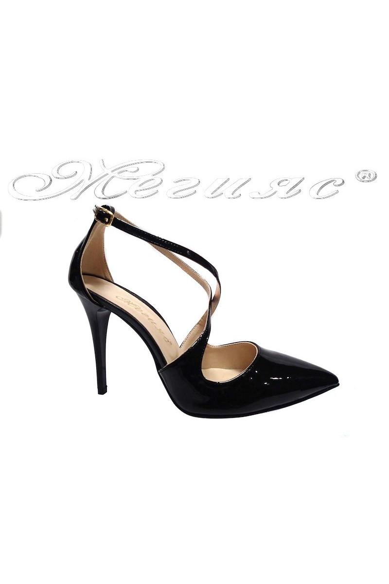 Дамски сандали 1831 черни лак