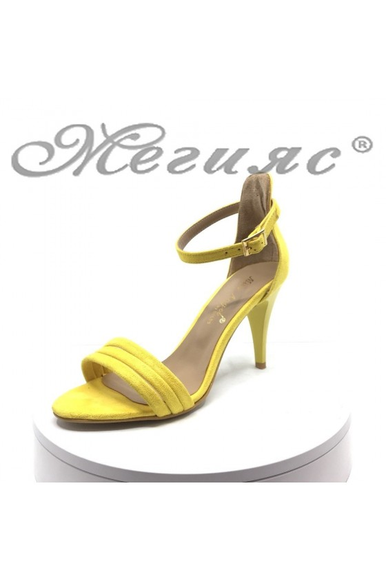 Women elegant sandals 392 yellow suede with middle heel